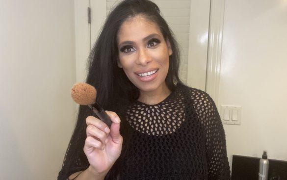 Esthetician Deisy Suarez-Giles gives explains why you must clean your makeup brushes